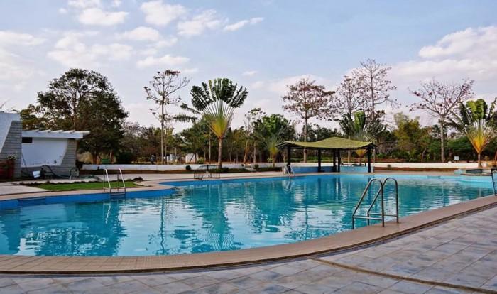 best resorts in bangalore[Parkfield Resotel]