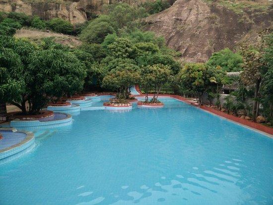 best resorts in bangalore[Shilhaandara resort]