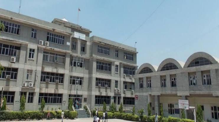Top engineering colleges in Delhi[Guru Teg Bahadur Institute of Technology, Delhi]