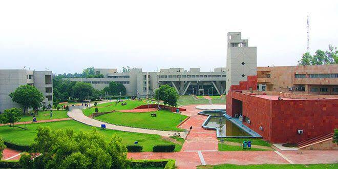 top engineering colleges in Delhi[Delhi Technological University, Delhi]