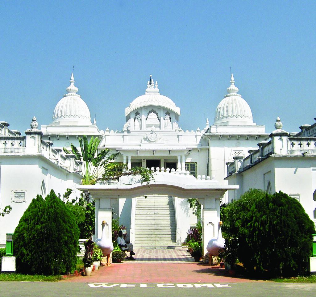 top cbse schools in India[2. Deoghar's Ramakrishna Mission Vidyapith]